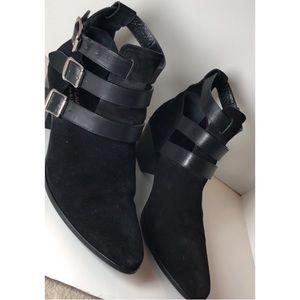 Ysl Saint Laurent Suede Rock 3 Buckles Ankle Boots